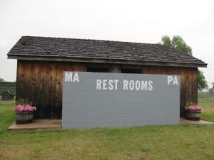 Ma and Pa restrooms in De Smet - 2